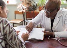 Les soins de santé sont-ils accessibles de façon équitable pour tous ceux qui en ont besoin ?