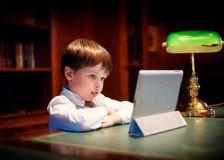 Enfants et écrans, des pistes pour s'y retrouver